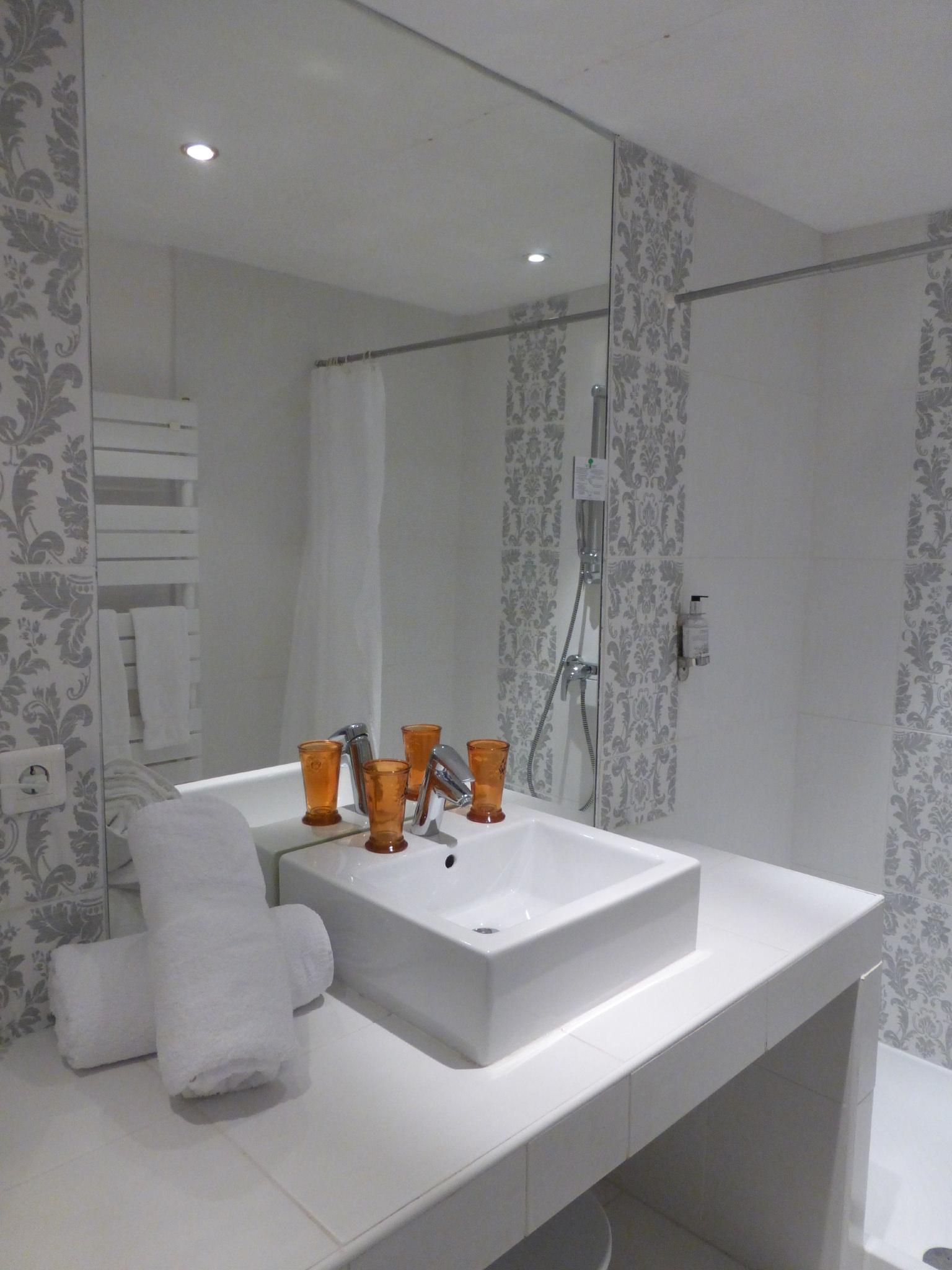 chambre premium hotel arles (5)