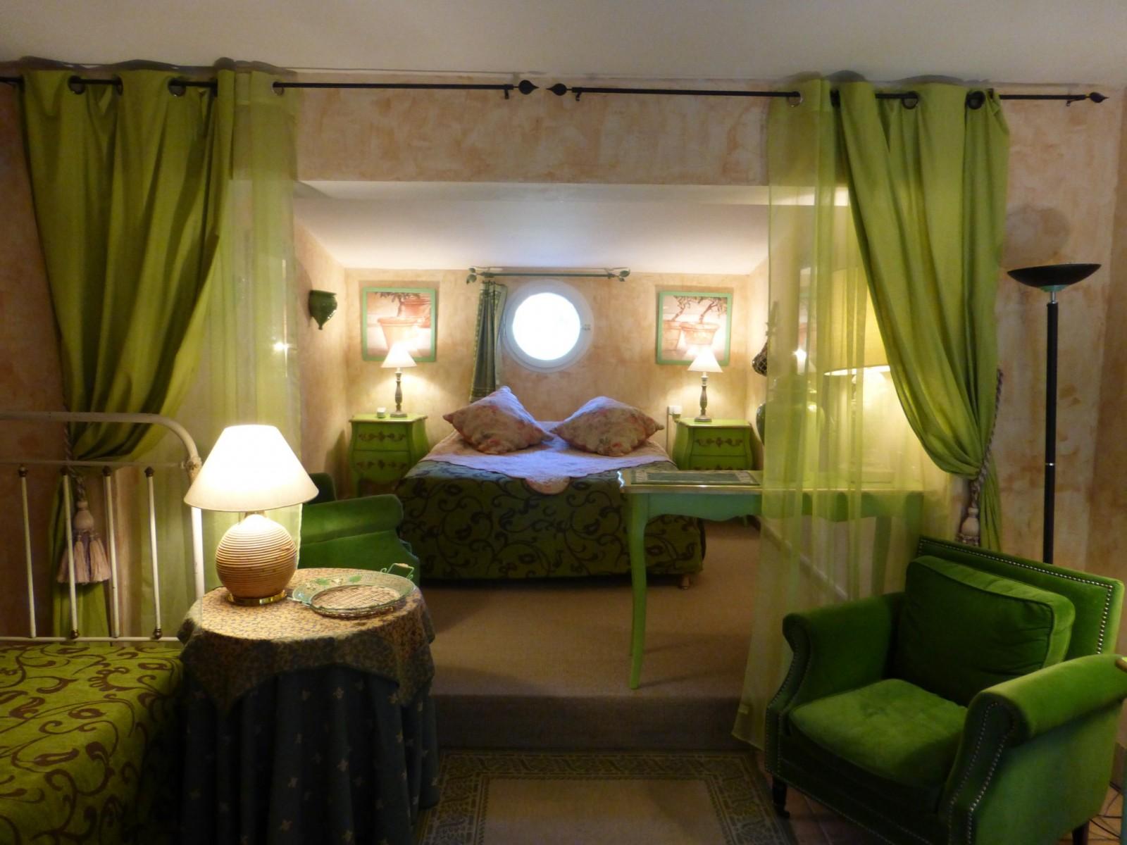 premium chambre mas chapelle-1600x1200